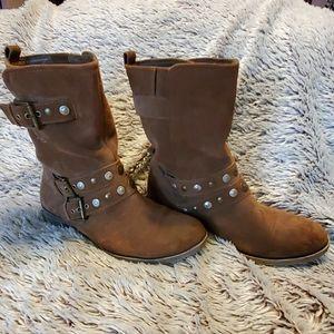 "Brown suede boots size 9-1/2 ""Bobbie"""